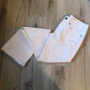 GAP Size 24/00 Fit and Flare White Jeans